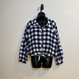 NWT Button up plaid tie up shirt